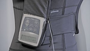 The Dutch Design Duodopa Vest with the infusion pump insterted inside the pump pocket developed by TeCuro Ltd